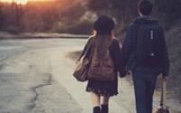 Con gái dù mạnh mẽ, vẫn cần một người chở che